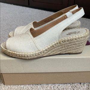 Clarks Espadrille Peeptoe Wedge Sandal Size 8